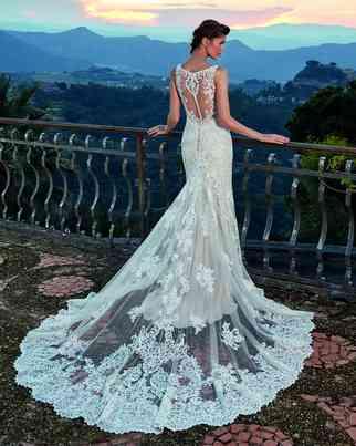 Dresses Eddy K.